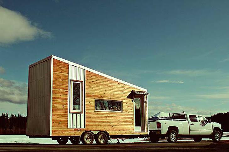 leaf-house-exterior-transit