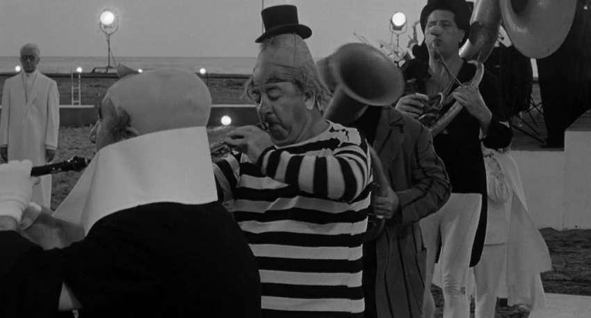 La celebración de 'Fellini Ocho y Medio', y la música de Nino Rota