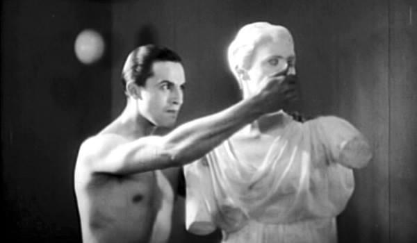 """""""Filmar la muerte en acción"""": 'La sangre de un poeta', de Jean Cocteau"""