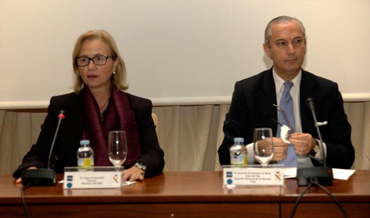 Arsenio Fernández de Mesa - Liderazgo estrategico: futuro y seguridad | Vía - Gabinete de Prensa de la Guardia Civil