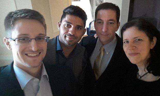 De izquierda a derecha: Edward Snowden, David Miranda, Glenn Greenwald y Laura Poitras | Vía: theguardian.com