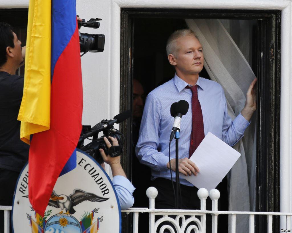 Julian Assange, embajada de Ecuador en el Reino Unido | Vía: voanoticias.com