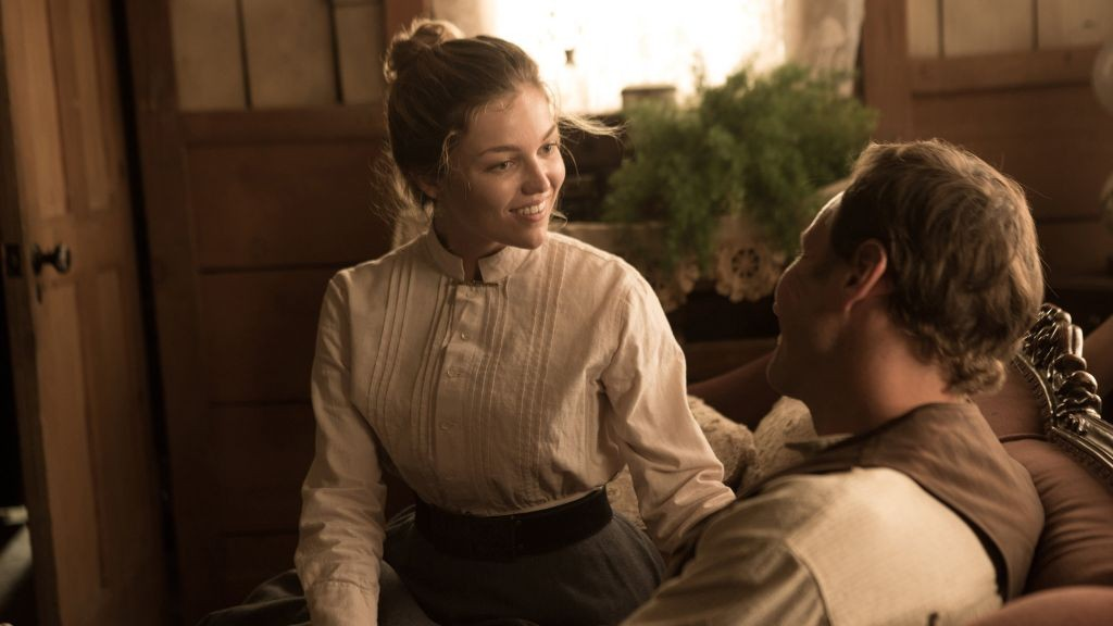 Lili Simmons y Patrick Wilson   Vía: Rotten Tomatoes (link)