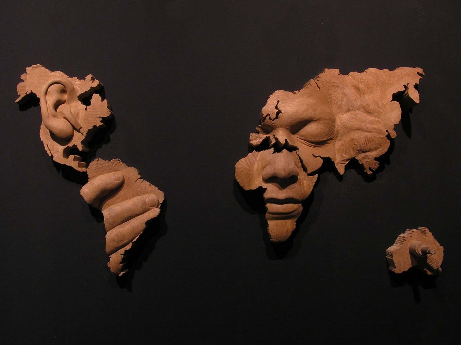 Humano, demasiado humano II, 2006. Madera de cedro 85 x 145 x 24 cm