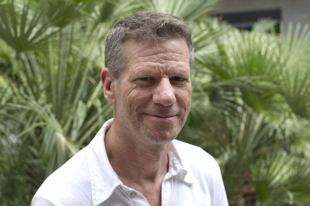 El escritor Peter Cameron