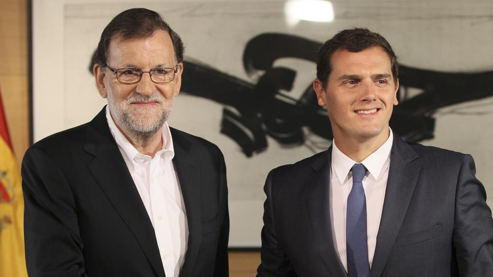 Mariano Rajoy y Albert Rivera en el Congreso | Vía: (Mariscal/EFE)